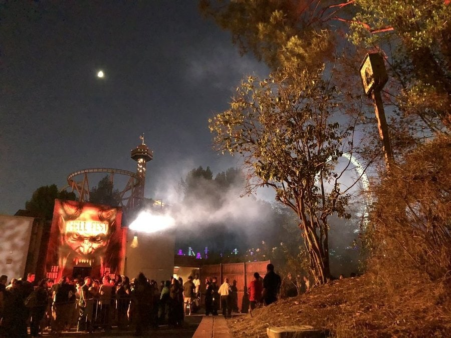 six flags magic mountain fright fest 2018 hell fest